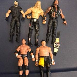 WWE Lot of 5 Wrestling Figures Belt Included